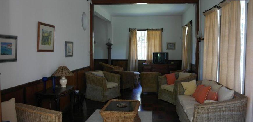 Charmante villa type F5, Curepipe