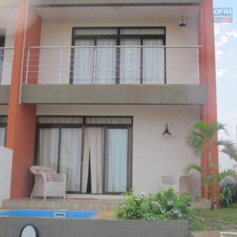 Villa F4 proche plage, Flic en Flac