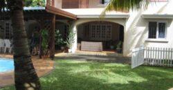 Villa F4 avec grand jardin et piscine, Pointe aux Canonniers
