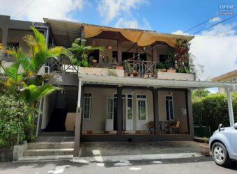 Appartement F3 + bureau bien situé, Floréal